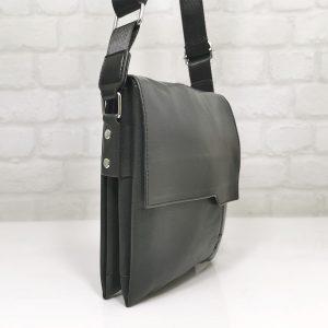 Средна мъжка чанта от черна кожа - EvrikaShop